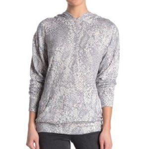 Socialite Printed Tunic Hoodie - Light Grey